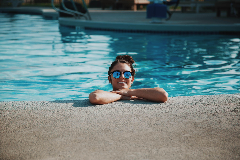 Petite piscine piscines xs enterr e hors sol b ton for Chauffage petite piscine