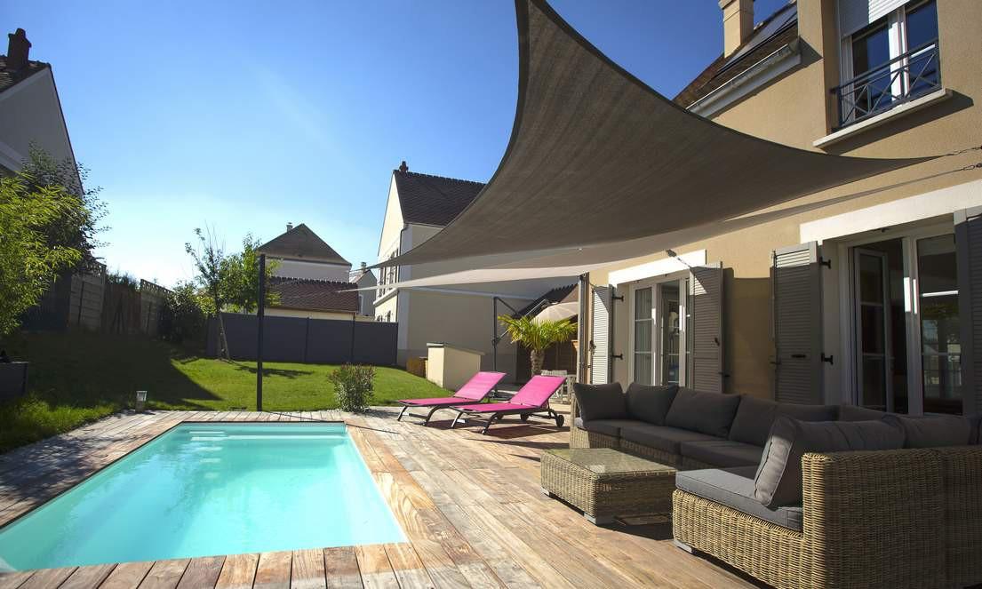 terrasse-piscine-voile